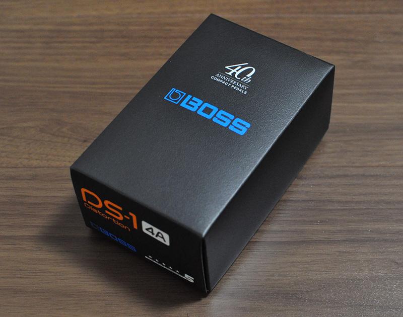 DS-1_40周年記念_限定ブラックモデルの箱